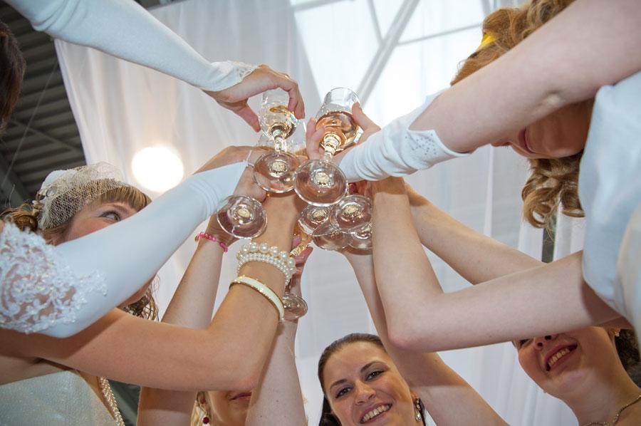 Вы просматриваете изображения у материала: Страна Невест 2011 - общий фотоотчет, видео